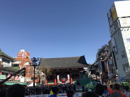 東京マラソン 雷門