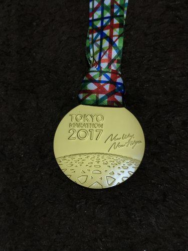 東京マラソン完走メダル 表